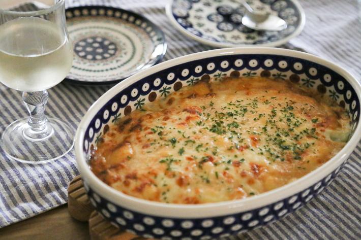 オーブン皿でグラタン料理