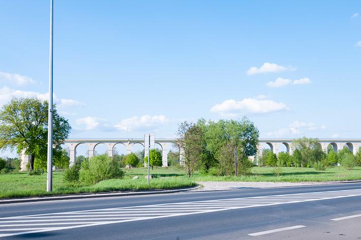 鉄道高架橋