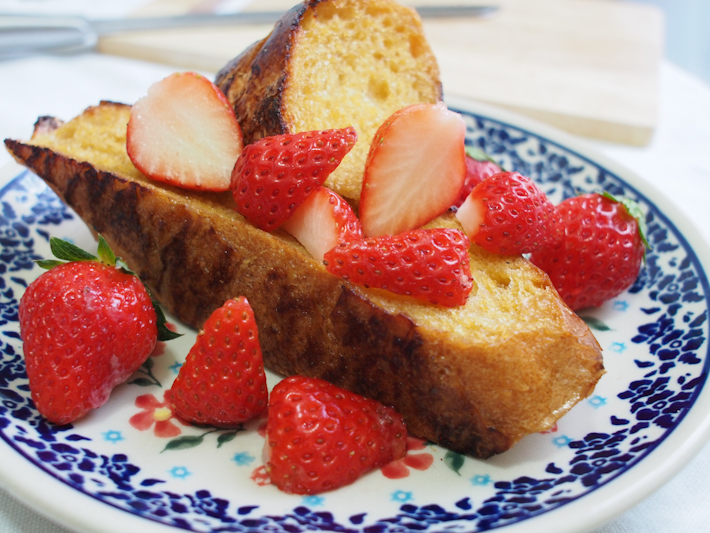 いちごとバルサミコ酢のフレンチトースト